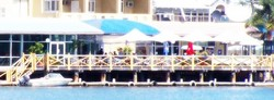 The Outrigger Bar - The Parade Hotel - Accommodation in Surfers Paradise