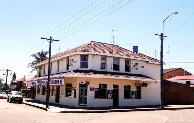 Old Fitzroy Hotel The - Accommodation in Surfers Paradise