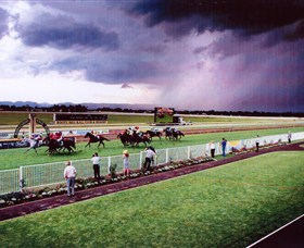 Hawkesbury Race Club - Accommodation in Surfers Paradise