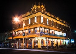 Willoughby Hotel - Accommodation in Surfers Paradise