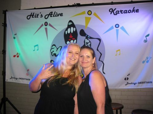 Hits Alive Karaoke amp DJ's - Accommodation in Surfers Paradise