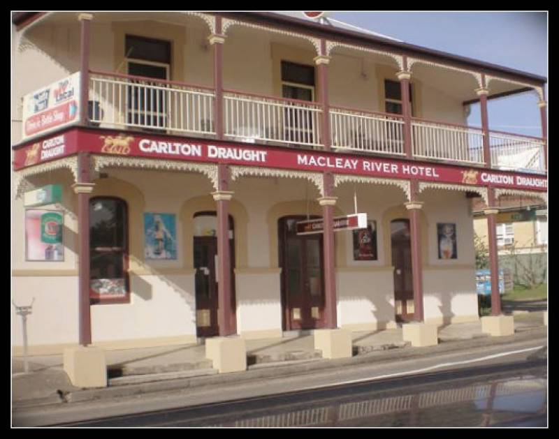 Macleay River Hotel - Accommodation in Surfers Paradise