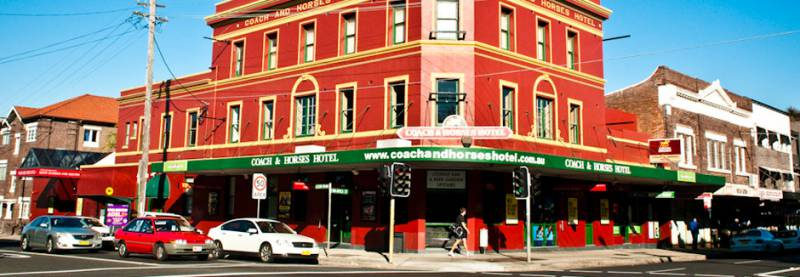 The Coach  Horses Hotel - Accommodation in Surfers Paradise