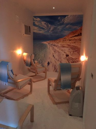 Salty Kisses Natural Therapy Centre - Accommodation in Surfers Paradise