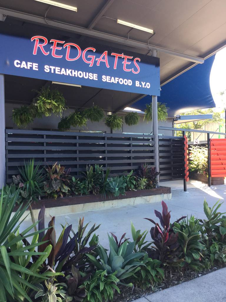 Redgates Caf Steakhouse Seafood - Accommodation in Surfers Paradise