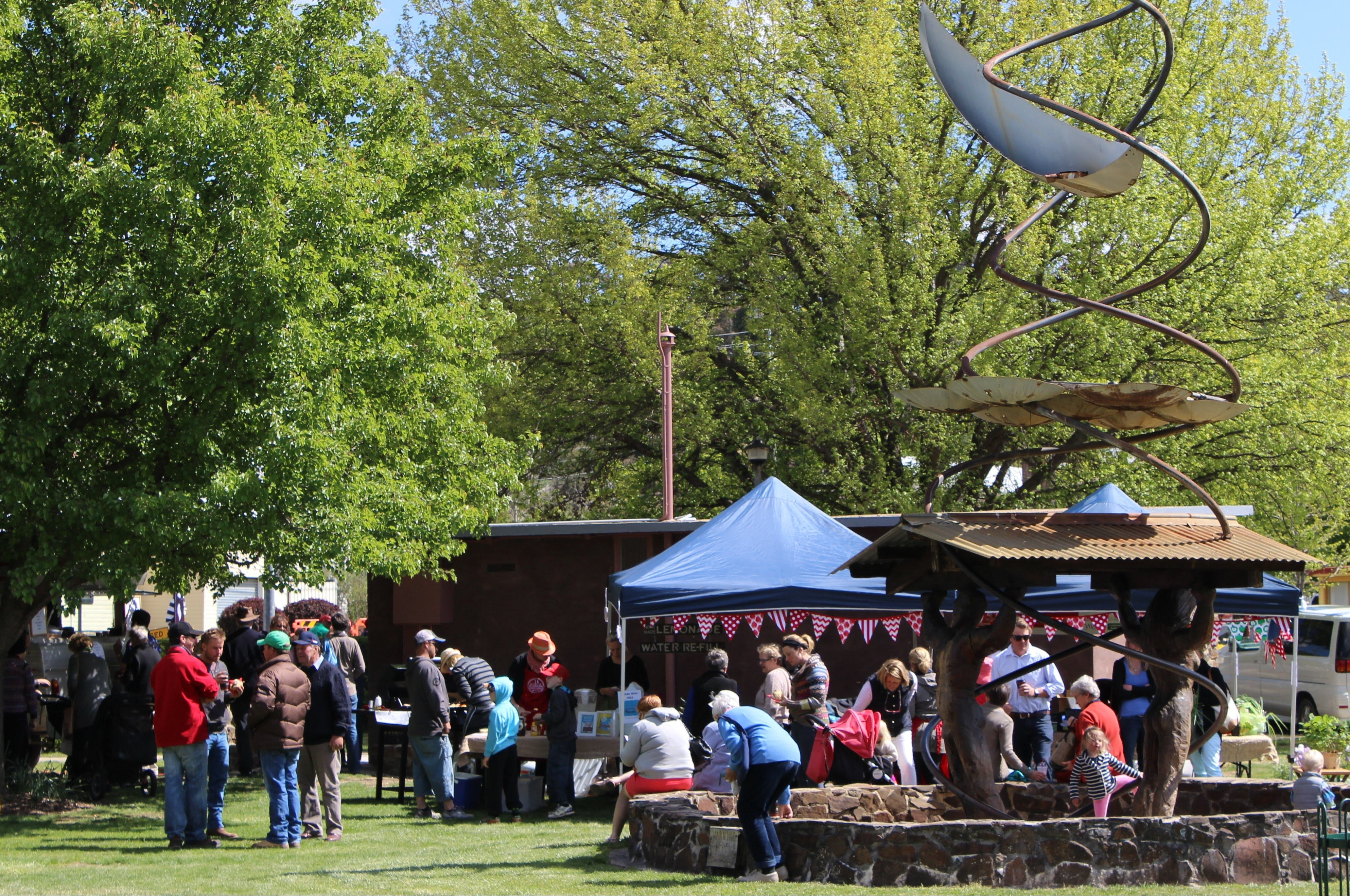Walcha Farmers' Market - Accommodation in Surfers Paradise