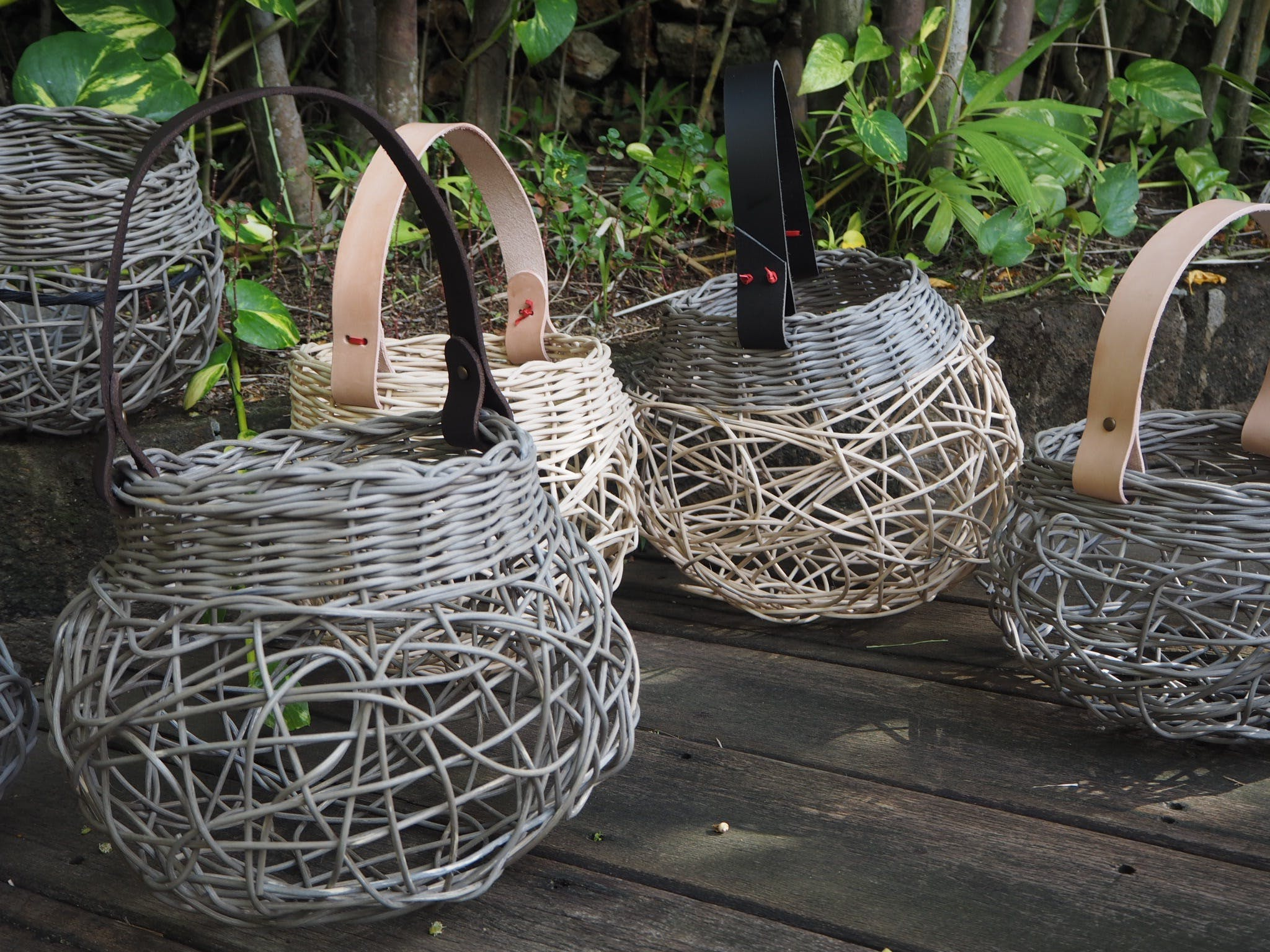 Weaving Woven Basket with Leather Handle - Accommodation in Surfers Paradise