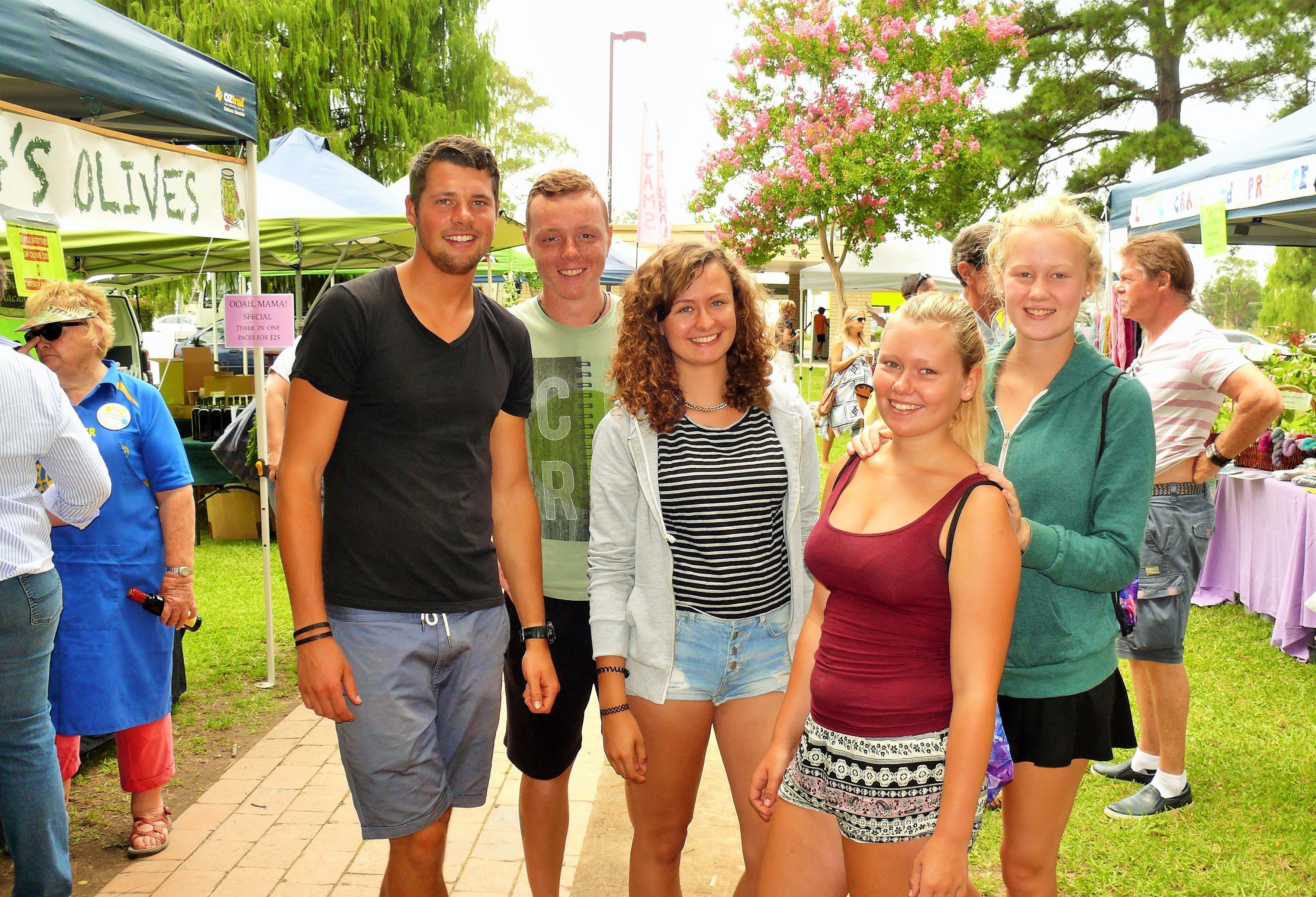 Gloucester Farmers Market - Accommodation in Surfers Paradise