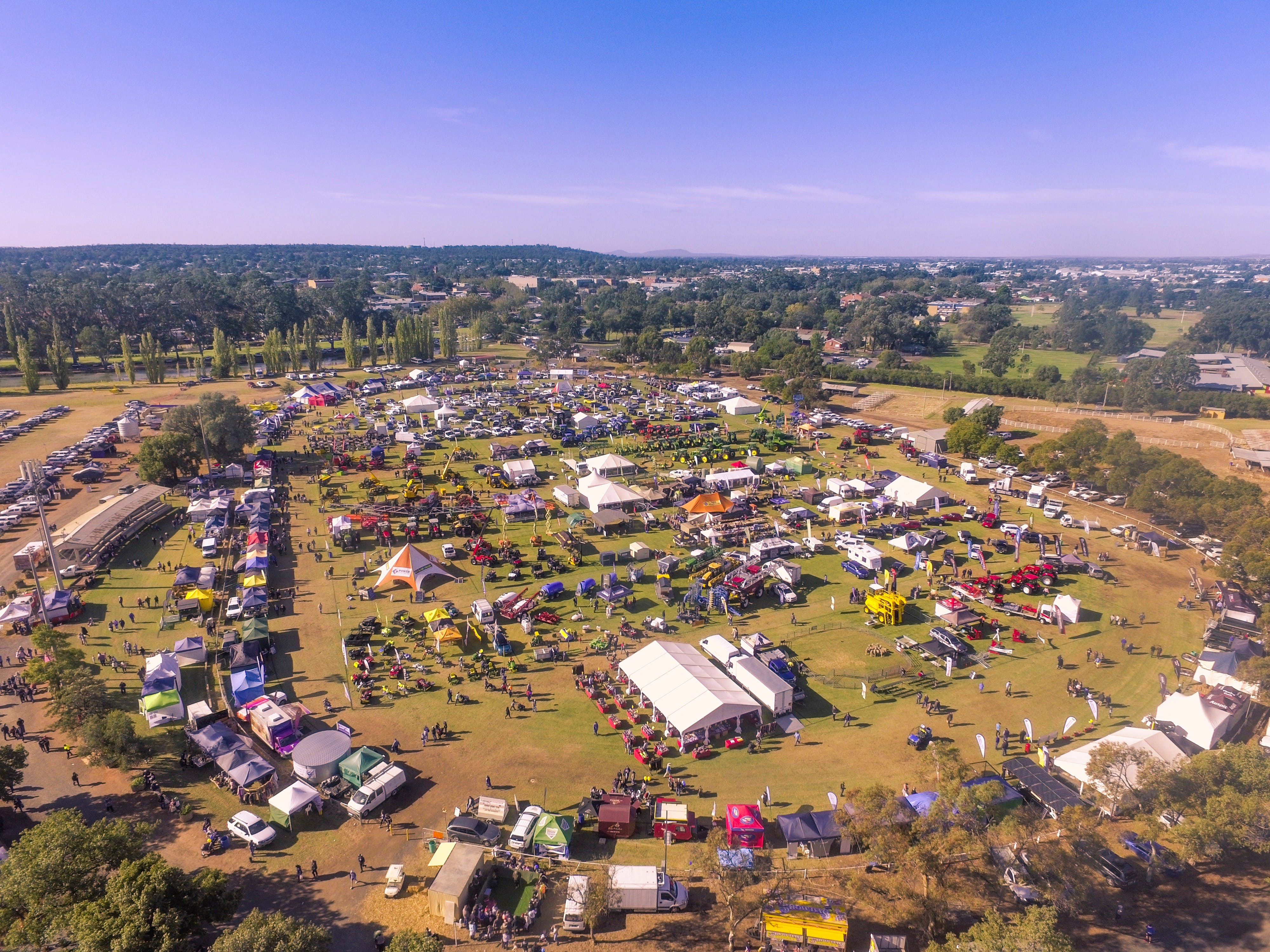 Riverina Field Days - Accommodation in Surfers Paradise