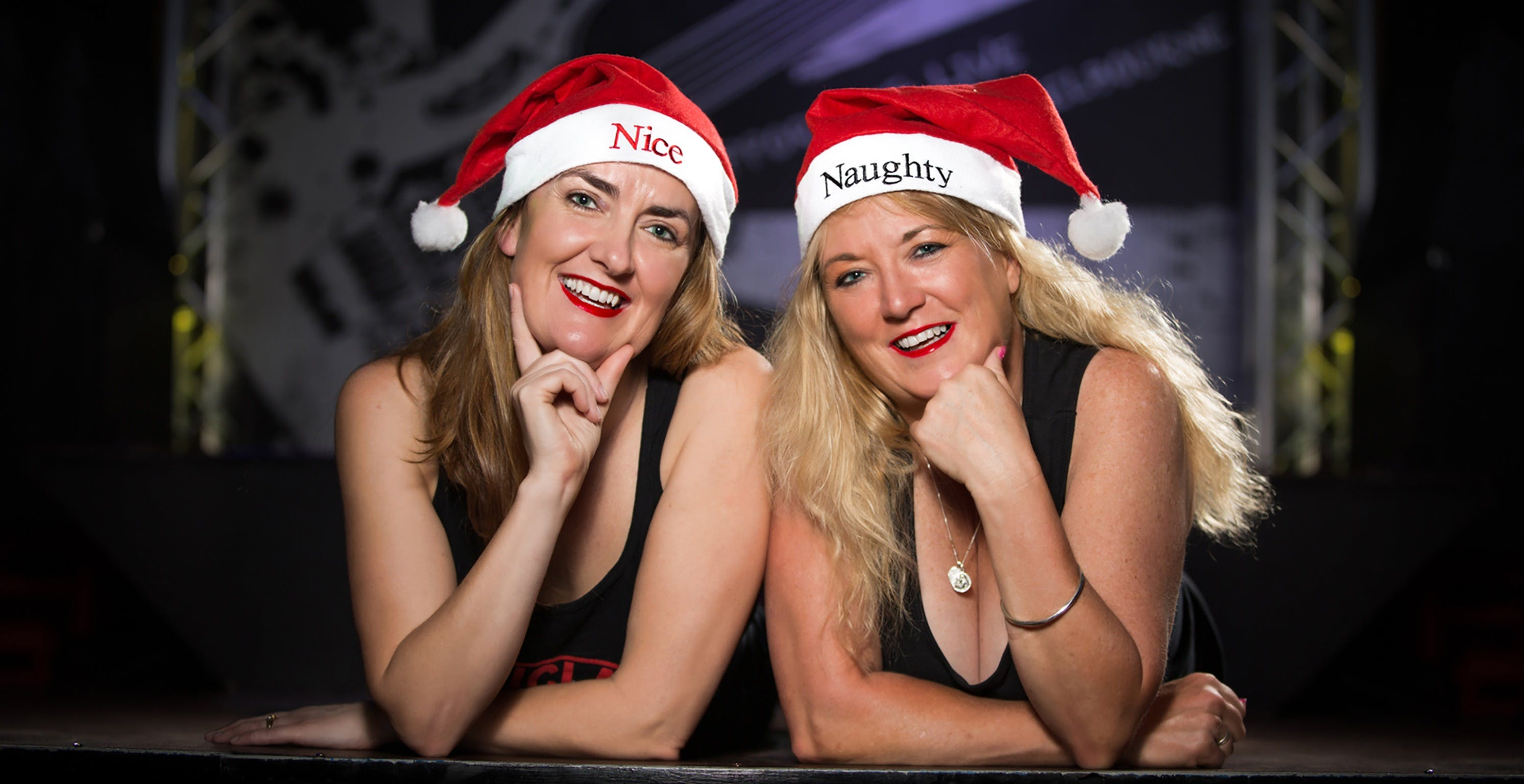 THE RETRO GIRLS Christmas in July Show - Accommodation in Surfers Paradise