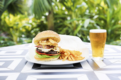 Bellvista Tavern - Accommodation in Surfers Paradise