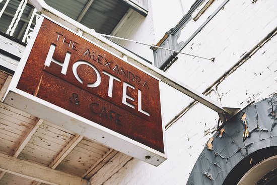 Alexandra Hotel and Cafe - Accommodation in Surfers Paradise