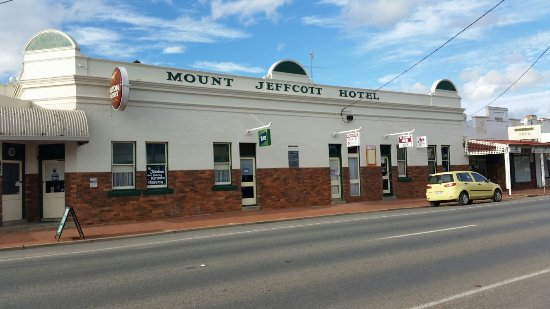 Mount Jeffcott Hotel - Accommodation in Surfers Paradise