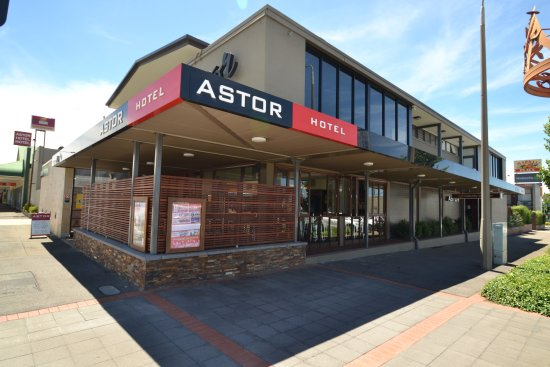 Astor Hotel - Accommodation in Surfers Paradise
