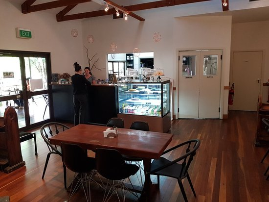 Cedar Cafe - Accommodation in Surfers Paradise
