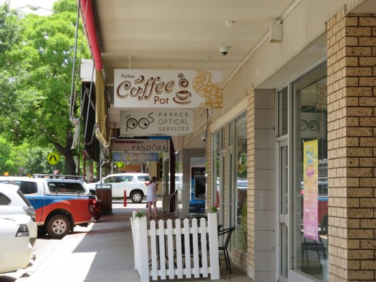 Parkes Coffee Pot - Accommodation in Surfers Paradise