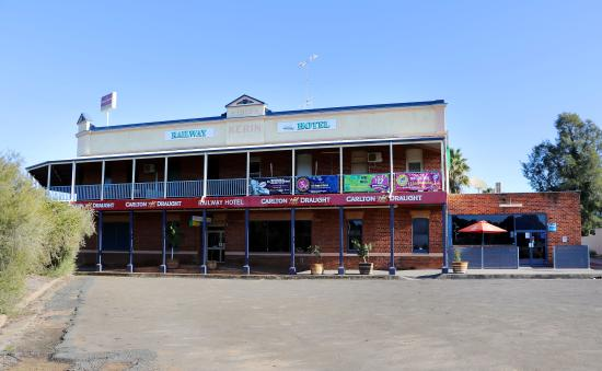 The Railway Hotel - Accommodation in Surfers Paradise