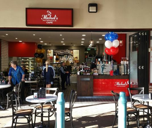 Michel's Patisserie- Albion Park - Accommodation in Surfers Paradise
