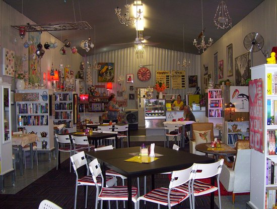 Noelene's Book Cafe - Accommodation in Surfers Paradise