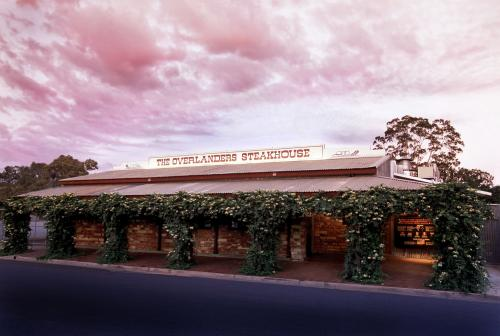 The Overlanders Steakhouse - Accommodation in Surfers Paradise