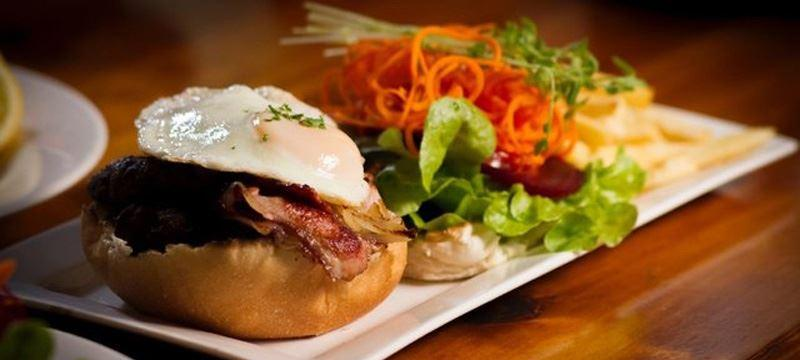 Jandowae Chargrill Bistro - Accommodation in Surfers Paradise