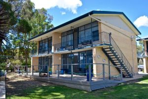Longbeach Apartments - Accommodation in Surfers Paradise