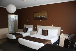 Lakeview Motel and Apartments - Accommodation in Surfers Paradise