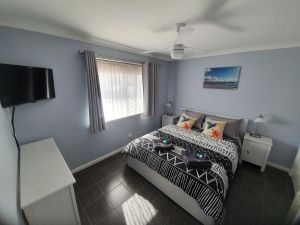 Ocean Beach Chalet 18 - Accommodation in Surfers Paradise