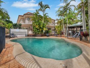Cossies by the Sea - Accommodation in Surfers Paradise