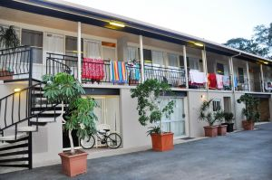 Sundial Holiday Units - Accommodation in Surfers Paradise