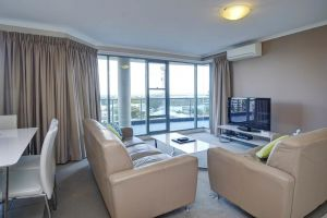Sails Apartments - Accommodation in Surfers Paradise