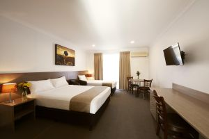 Adelong Motel - Accommodation in Surfers Paradise