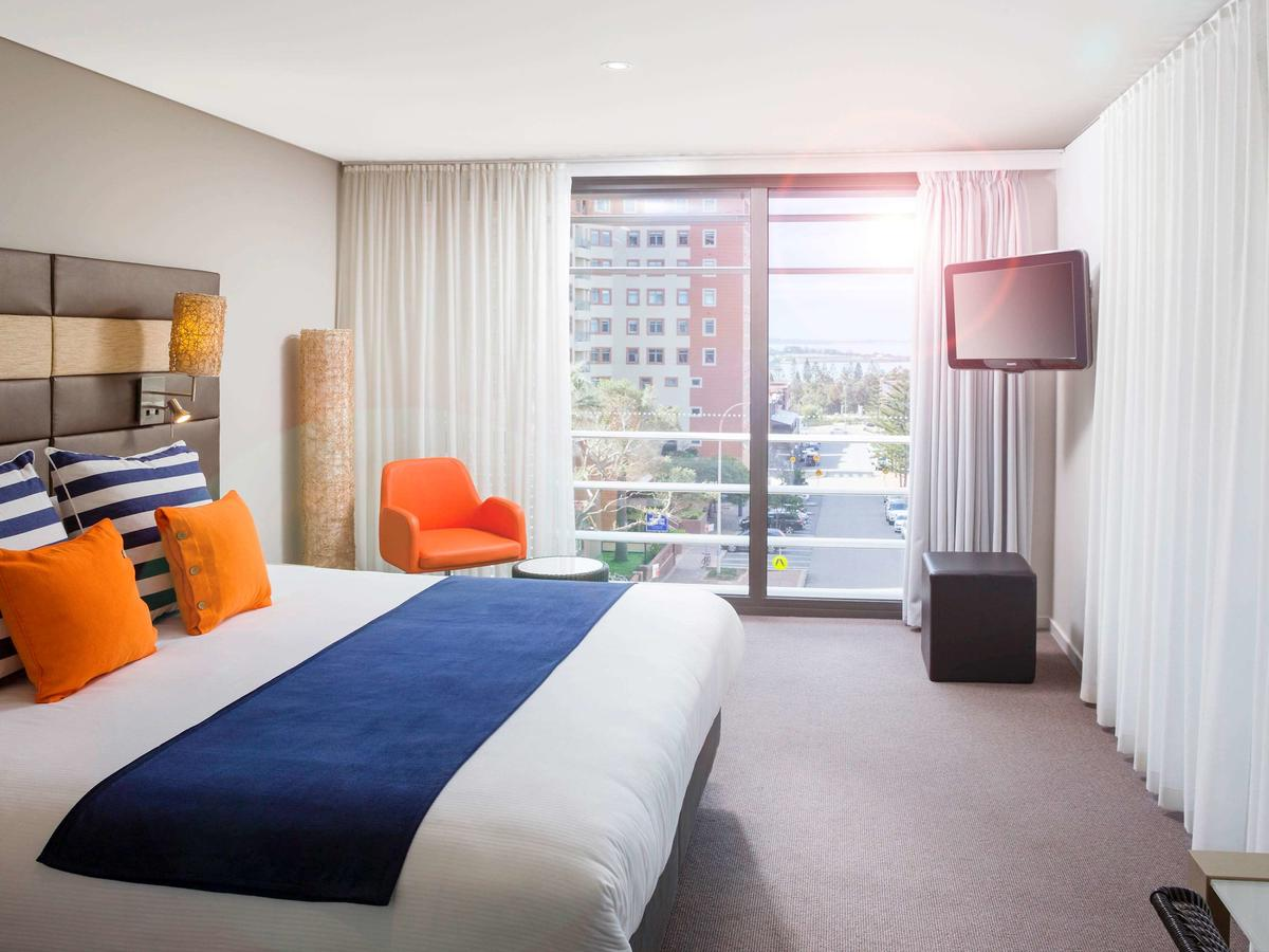 Novotel Newcastle Beach - Accommodation in Surfers Paradise