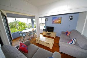 Apollo 1 9 Hodgson Street - Accommodation in Surfers Paradise