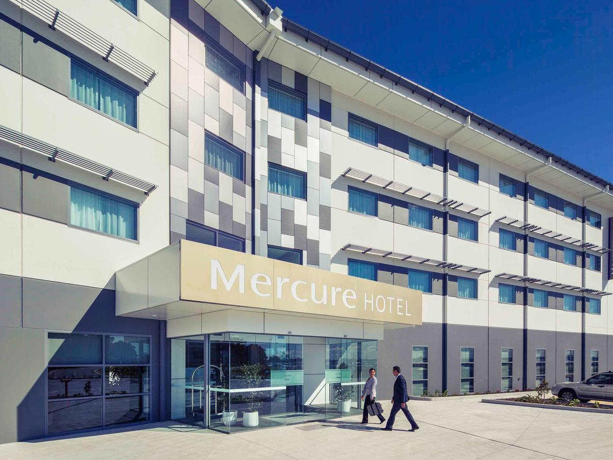 Mercure Newcastle Airport - Accommodation in Surfers Paradise