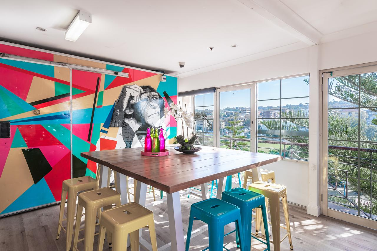 Mad Monkey Coogee Beach - Accommodation in Surfers Paradise