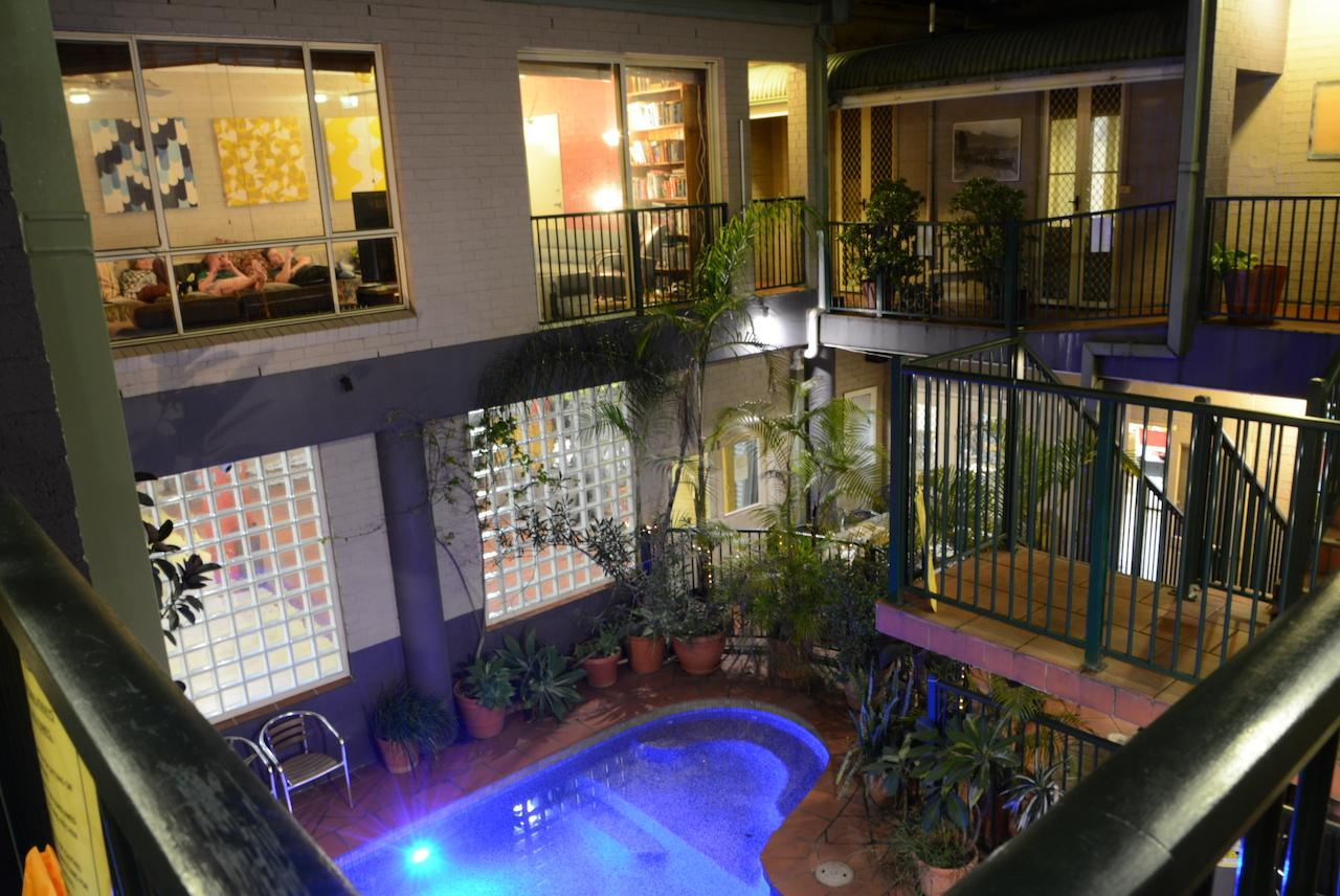 Summer House Newtown - Accommodation in Surfers Paradise