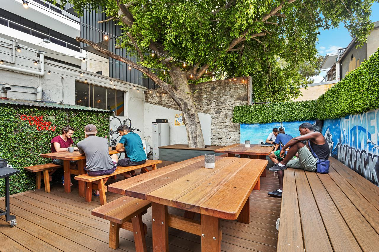 Summer House Kings Cross Sydney - Accommodation in Surfers Paradise