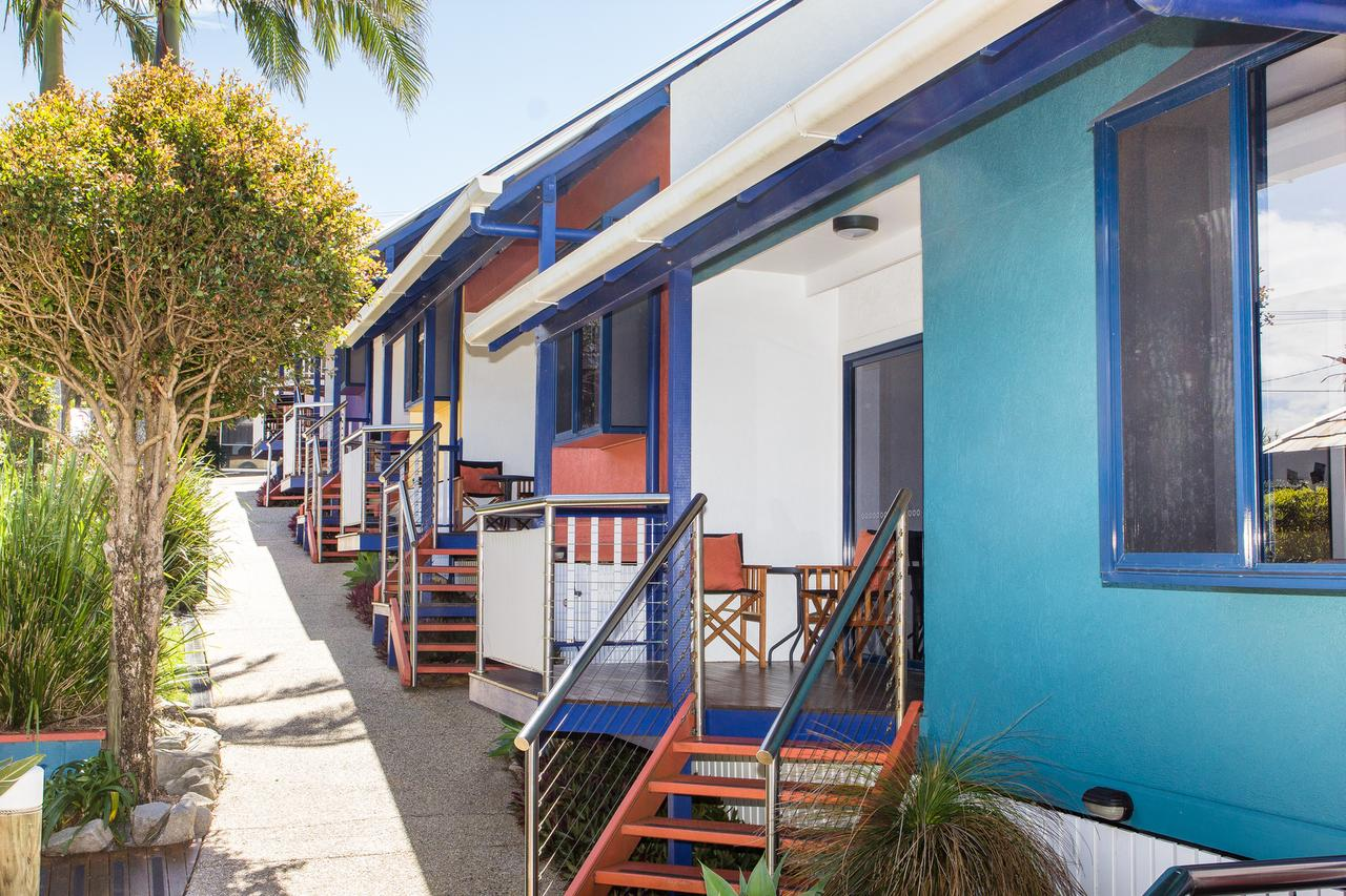Clubyamba Beach Holiday Accommodation - Adults Only - Accommodation in Surfers Paradise