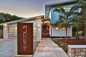Drifted Away - Accommodation in Surfers Paradise
