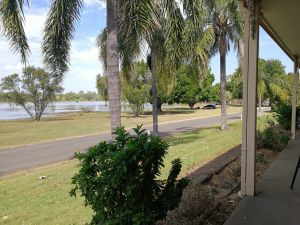 Lakeside Lodge Motel - Accommodation in Surfers Paradise