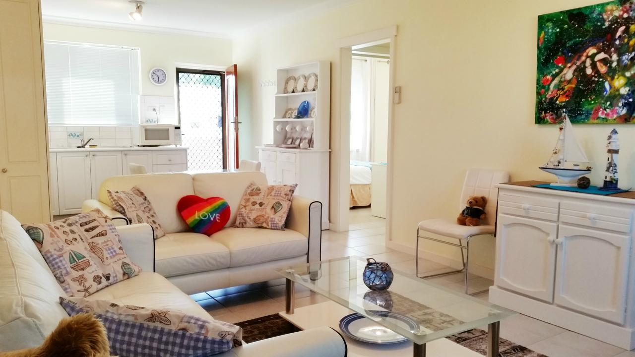 Island View Villas - Accommodation in Surfers Paradise