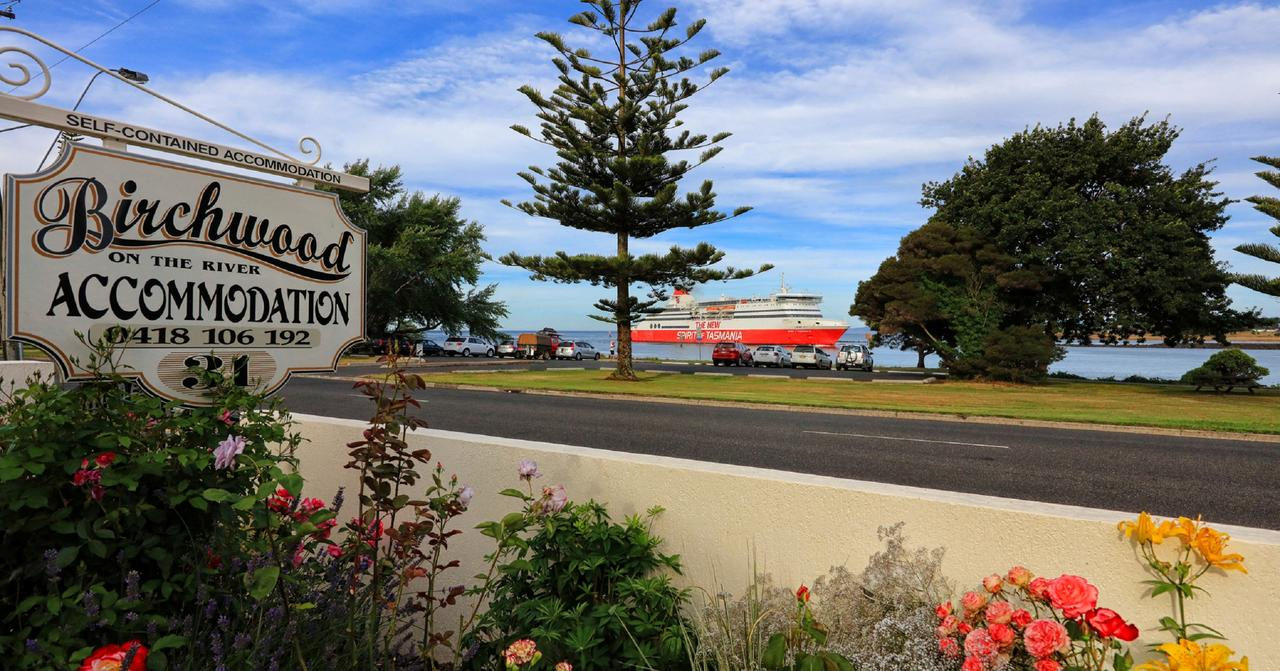 Birchwood Devonport self-contained self catering accommodation - Accommodation in Surfers Paradise