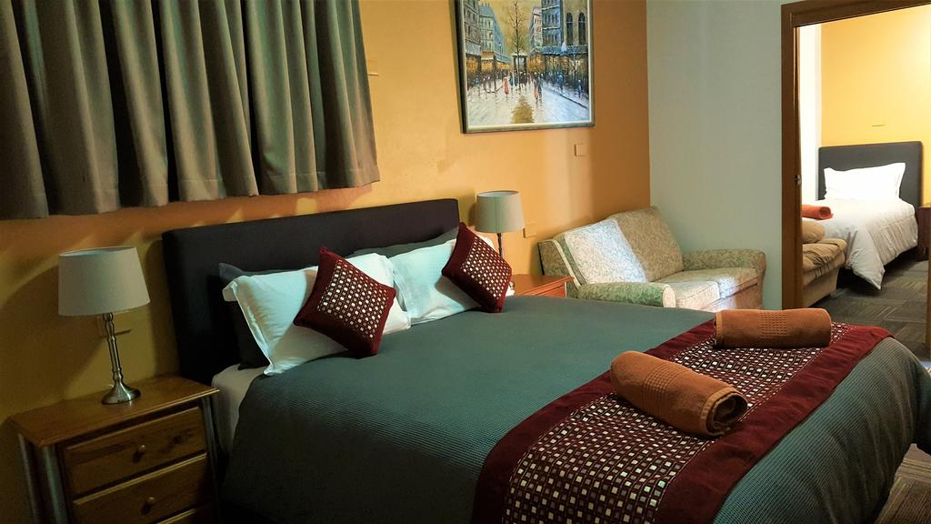 New Olympic Motel - Accommodation in Surfers Paradise