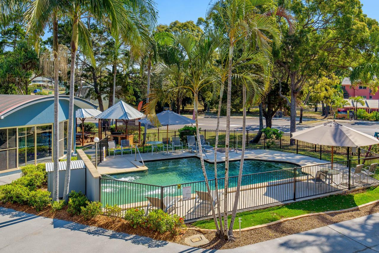Rainbow Getaway Holiday Apartments - Accommodation in Surfers Paradise
