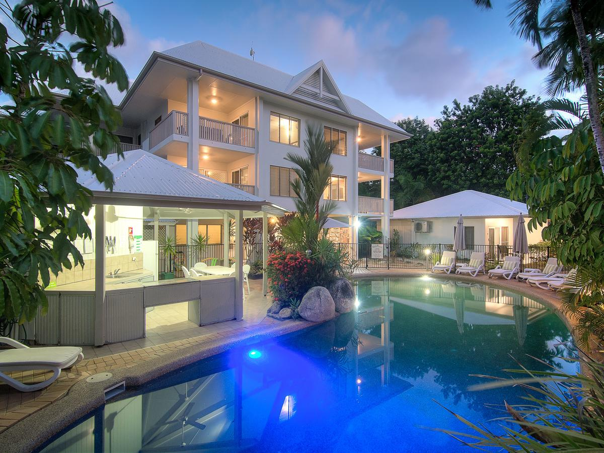 The Port Douglas Queenslander - Accommodation in Surfers Paradise