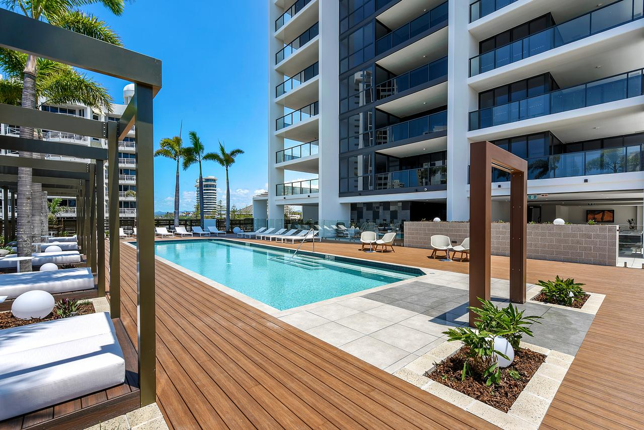 Qube Broadbeach - Accommodation in Surfers Paradise