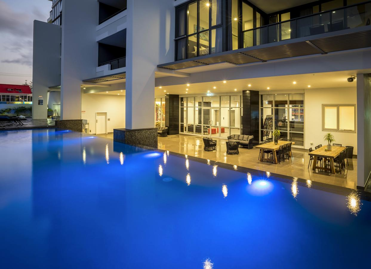 Synergy Broadbeach - Official - Accommodation in Surfers Paradise