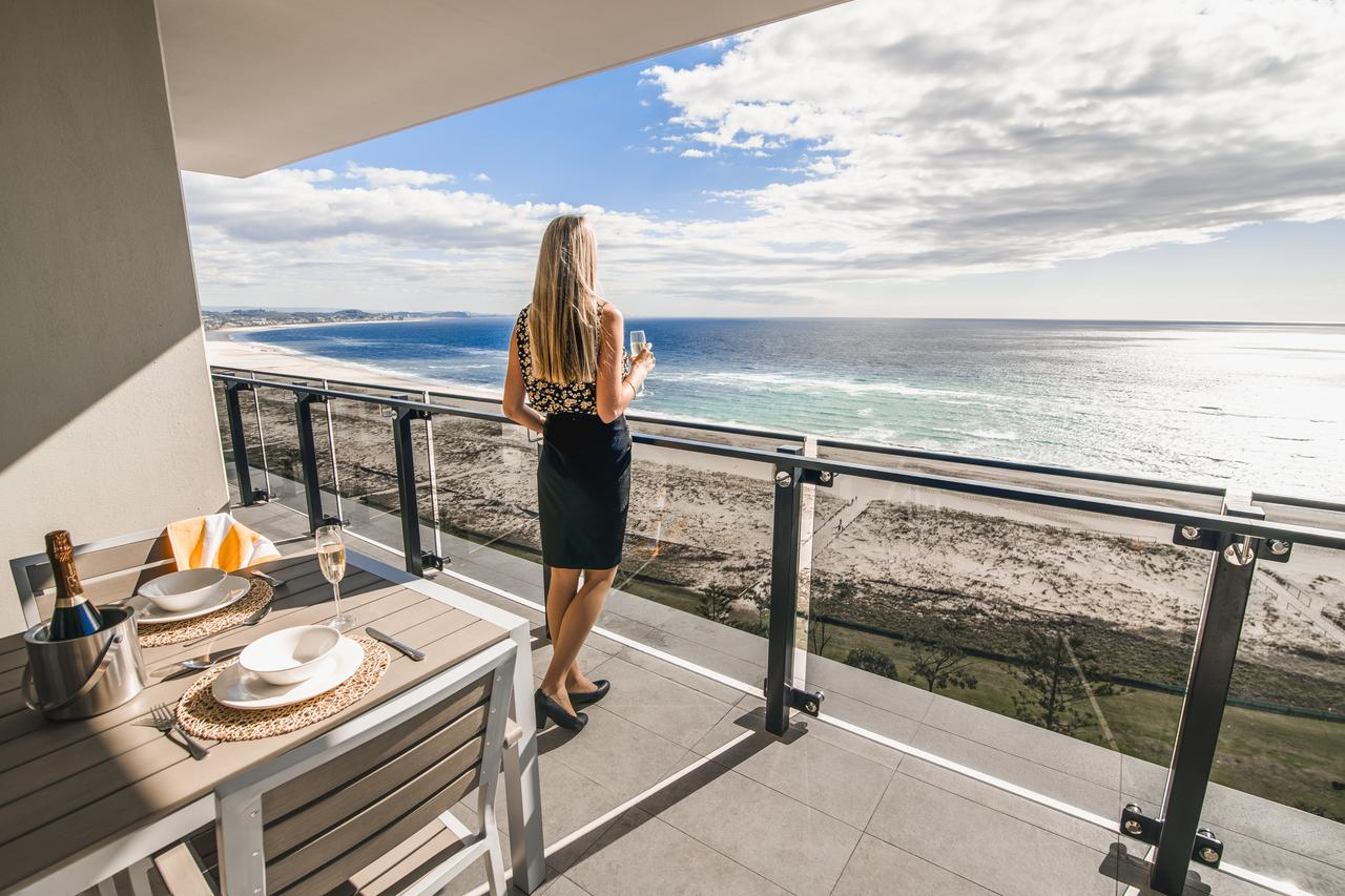 Iconic Kirra Beach Resort - Accommodation in Surfers Paradise