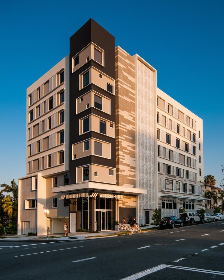 Woodroffe Hotel - Accommodation in Surfers Paradise